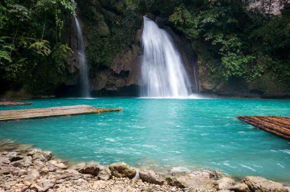 kawasan falls moalboal