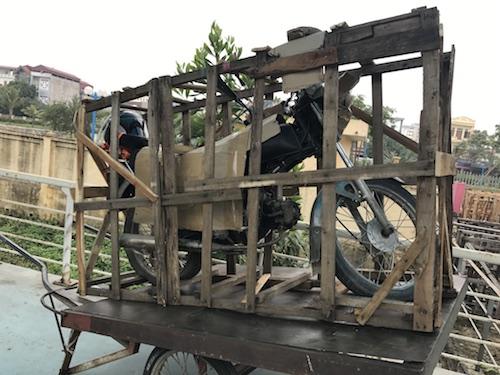 moto al tren vietnam