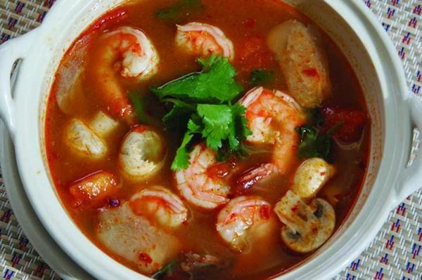 tom yam comida thai